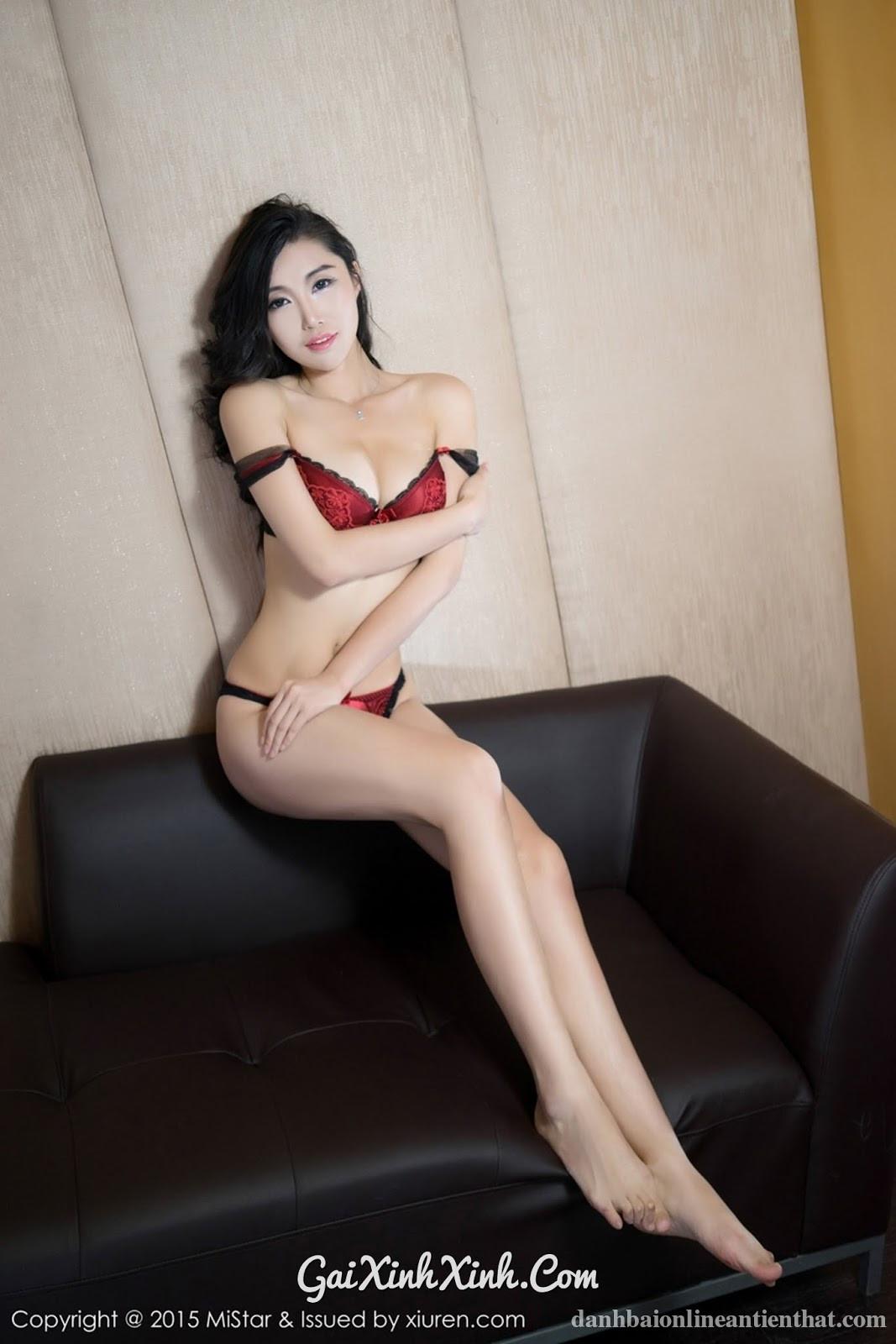 Anh đắm mình trong nồng nàn biển rượu, Khắc tên em lên cổ cánh chân gà - gaixinhxinh.com